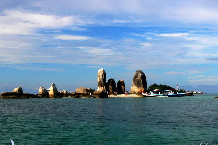 pulau Batu Berlayar Belitung Go Belitung