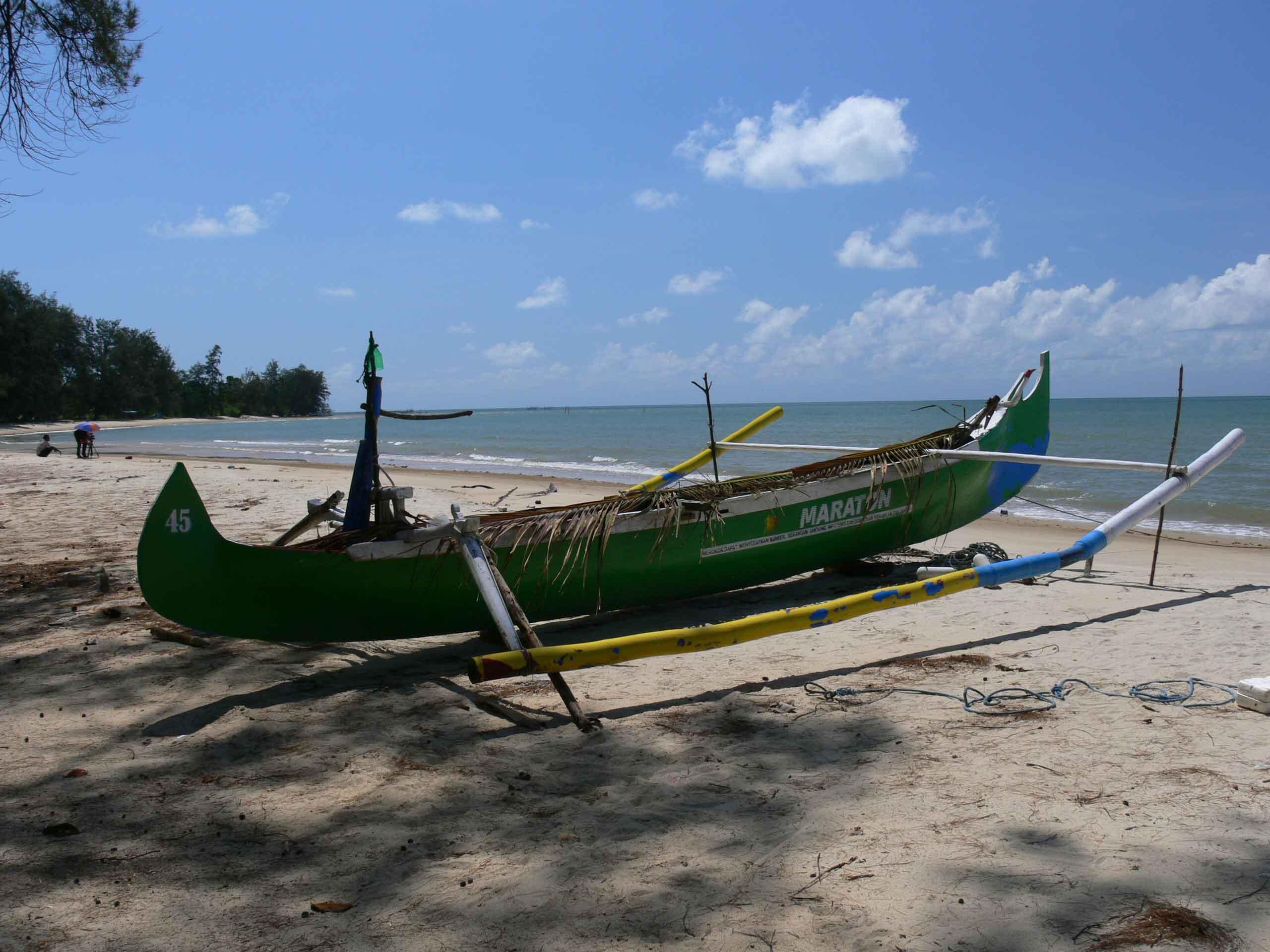 kater-Belitung Burung Mandi