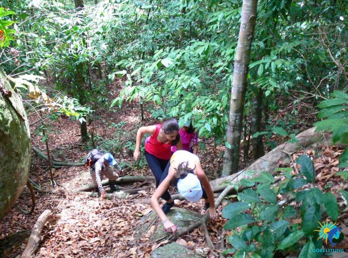 Bukit Peramon Belitung Indonésie
