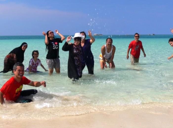 pulau pasir dans l'eau